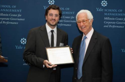 Cefeidas Group's Managing Director awarded with the YALE Corporate Governance Rising Star 2010