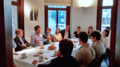 Vicepresidente de la Bolsa de Valores de Colombia dialogó con un grupo de profesionales en Cefeidas Group